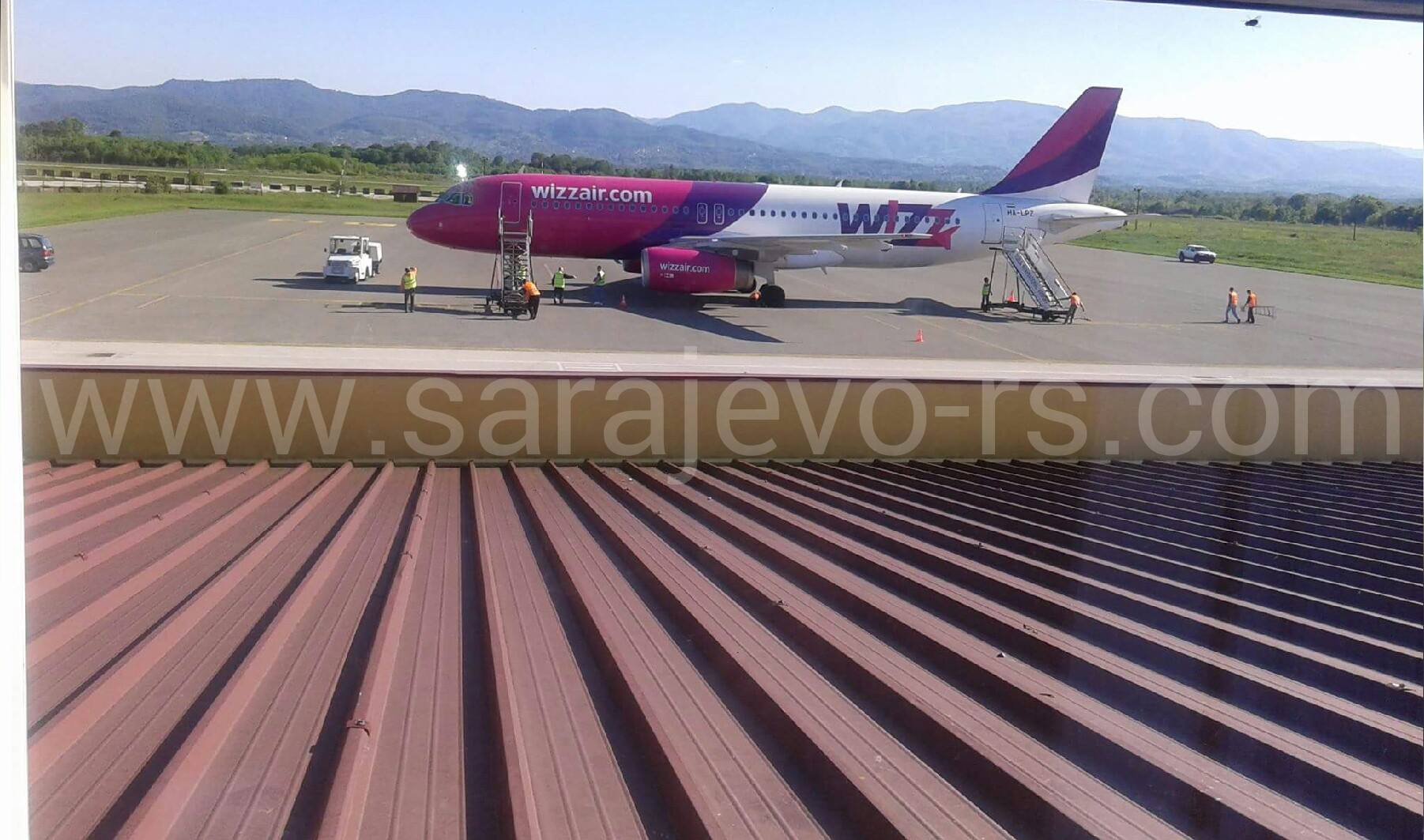 avion wizz air sa rs