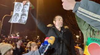 Banjalučani traže smjenu Lukača, Beograđani Stefanovića