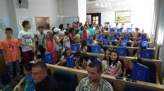 Doček mališana sa Kosova i Metohije danas u Palama