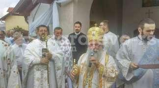Mitropolit Hrizostom osvještao hram Svetog Petra i Pavla na Nišićima