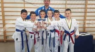 Karatisti Igmana osvojili 29 medalja na turniru u Ilijašu