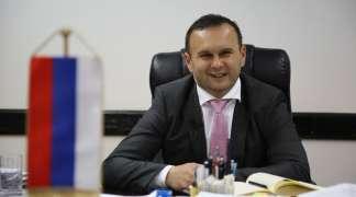 Ćosić demantovao optužbe u medijima povodom kupovine novog službenog automobila
