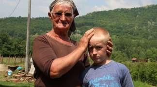 Devetogodišnji Milenko iz Bratunca: Moji vršnjaci imaju oba roditelja, a ja nijednog