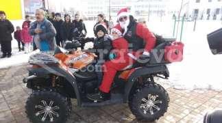 ''Moto mrazevi'' novogodišnjim paketićima obradovali više od 150 mališana