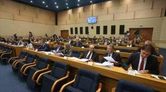 Poslanici usvojili set zakona o povećanju plata u Srpskoj