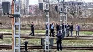 Radnik ''Željeznica RS'' teško povrijeđen nakon što ga je udarila lokomotiva