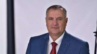 Višković već 45 dana ćuti o Đokićevoj diplomi, u FBiH počele provjere