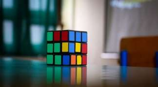 Robot oborio rekord u slaganju Rubikove kocke (VIDEO)