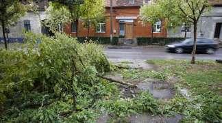 Tokom jake oluje u Rumuniji poginule tri osobe