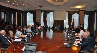 Vlada Srpske izdvaja astronomski novac za odvojen život ministara i njihovih savjetnika