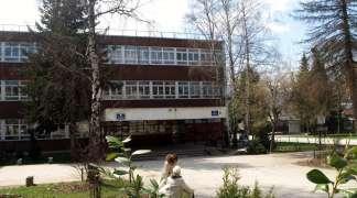 U Srpskoj osnovci i srednjoškolci imaju 82.625 neopravdanih časova