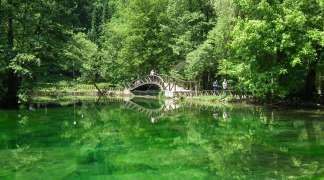 Nelegalna gradnja na Vrelu Bosne: Kako privremene dozvole postaju trajne