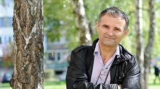 "Novi roman Tode Nikoletića: ""Tajna svetog koplja"" potraga za dobrotom"