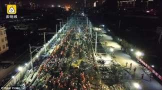 Kineski radnici za devet sati izgradili željezničku stanicu (VIDEO)