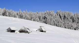 U naredna dva dana novih 35 centimetara snijega, na planinama do pola metra